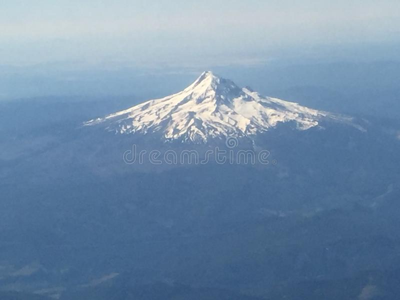 βουνό χιονώδες στοκ εικόνες
