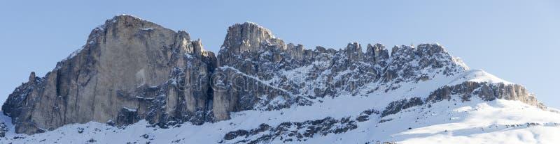 Βουνό Catinaccio στη χειμερινή εποχή στοκ εικόνα