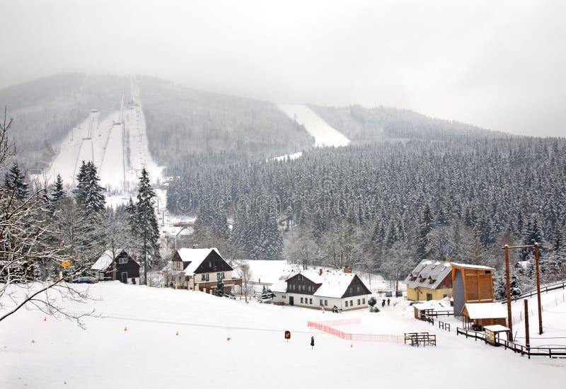 Βουνό Certak σε Harrachov cesky τσεχική πόλης όψη δημοκρατιών krumlov μεσαιωνική παλαιά στοκ φωτογραφία με δικαίωμα ελεύθερης χρήσης