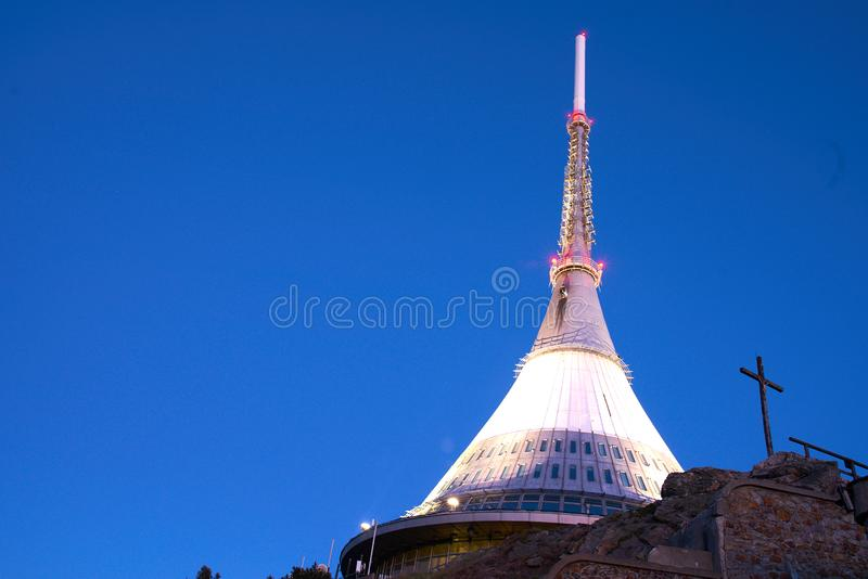 Βουνό Jested στα ξημερώματα στοκ φωτογραφίες με δικαίωμα ελεύθερης χρήσης