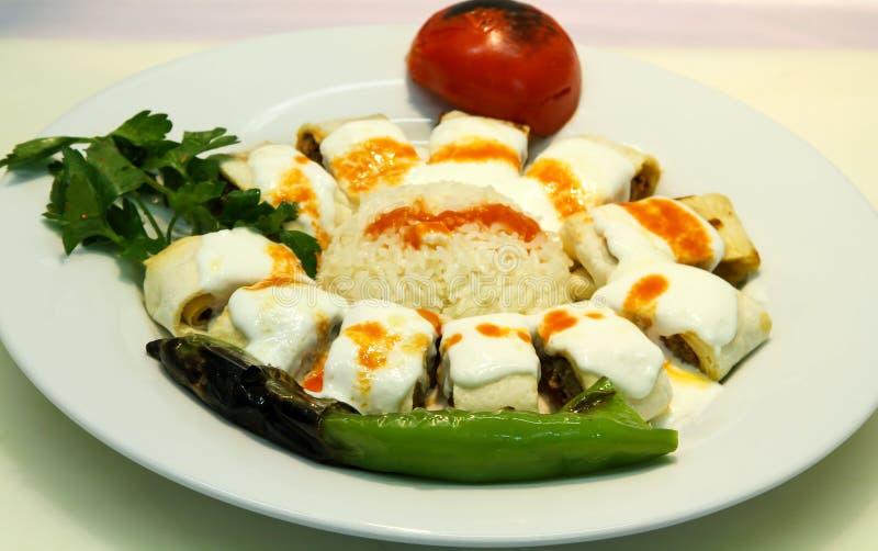 βουτυρώδης Τούρκος iskender kebab στοκ εικόνα