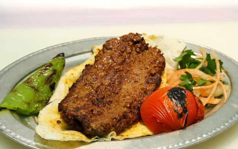βουτυρώδης Τούρκος iskender kebab στοκ εικόνες