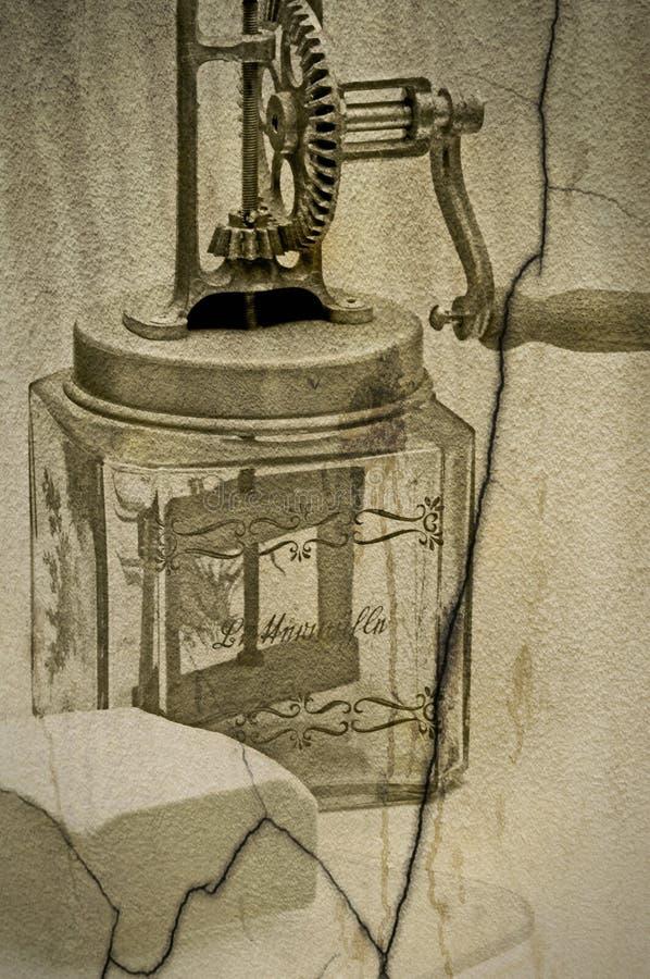 Βουτύρου καρδάρι με ένα κομμάτι του βουτύρου στοκ εικόνα με δικαίωμα ελεύθερης χρήσης