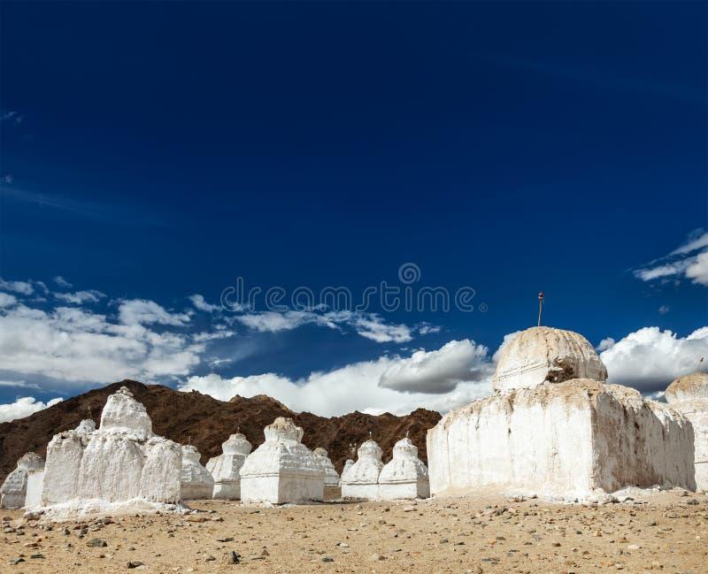 Βουδιστικά chortens, Ladakh στοκ φωτογραφία με δικαίωμα ελεύθερης χρήσης