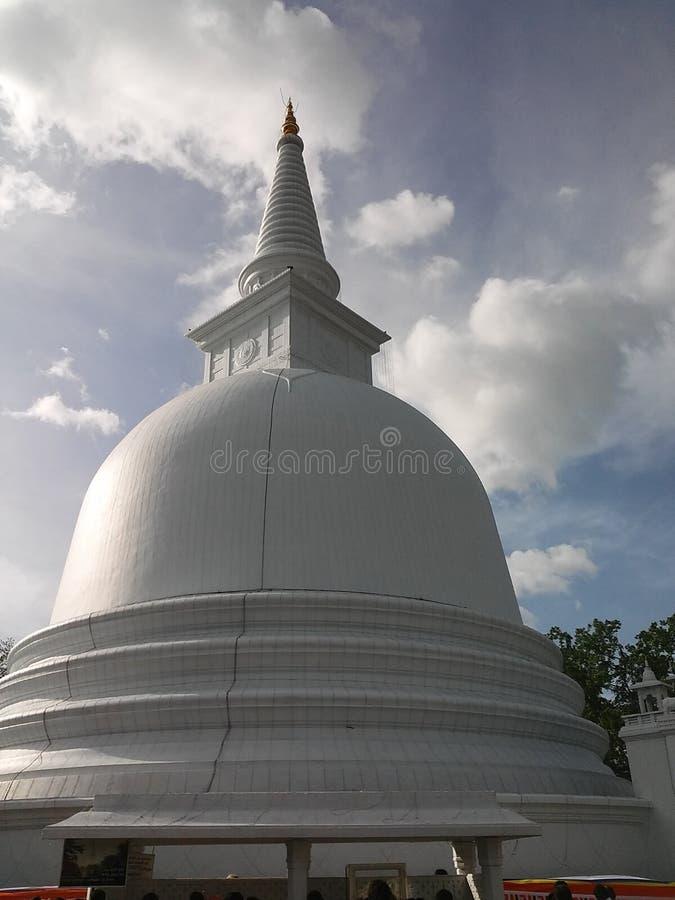 Βουδιστικός ναός στη Σρι Λάνκα στοκ φωτογραφία με δικαίωμα ελεύθερης χρήσης
