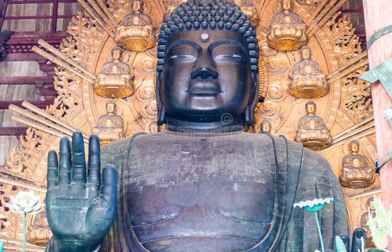 Βούδας στο ναό Todai-todai-ji στο Νάρα, Ιαπωνία στοκ εικόνα με δικαίωμα ελεύθερης χρήσης