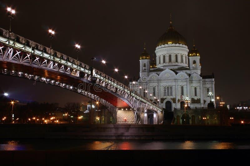 βράδυ εκκλησιών γεφυρών στοκ εικόνα με δικαίωμα ελεύθερης χρήσης