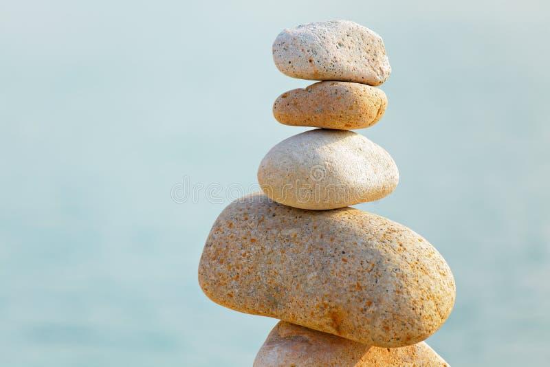 Download Βράχοι ισορροπίας στοκ εικόνα. εικόνα από μετάλλευμα - 22785491