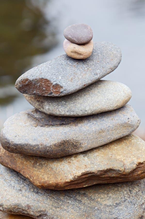 βράχοι ισορροπίας στοκ εικόνες