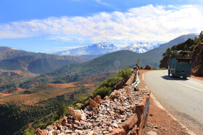 Βράχοι και μεταλλεύματα στο Μαρόκο στοκ φωτογραφία με δικαίωμα ελεύθερης χρήσης