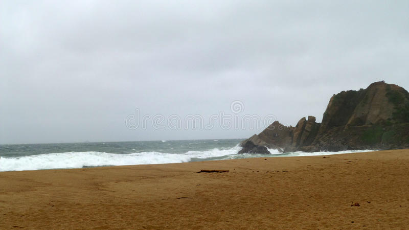 βράχοι στην ακτή Viña del Mar στοκ φωτογραφία με δικαίωμα ελεύθερης χρήσης