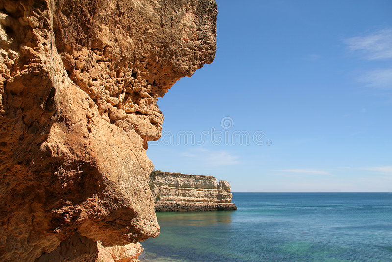 βράχοι του Αλγκάρβε στοκ εικόνες