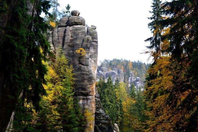Βράχοι adrspach-Teplice ψαμμίτη στοκ φωτογραφίες