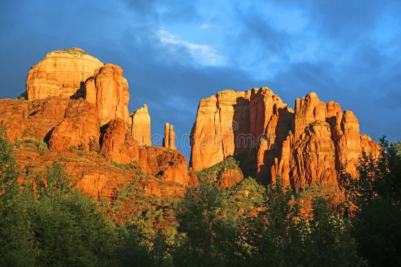 Βράχος καθεδρικών ναών στενό σε επάνω ηλιοβασιλέματος στοκ φωτογραφίες