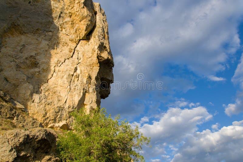Βράχος και ουρανός στοκ φωτογραφία