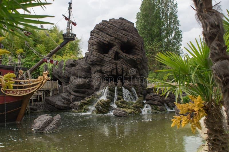 Βράχος κρανίων σε Disneyland Παρίσι στοκ φωτογραφία
