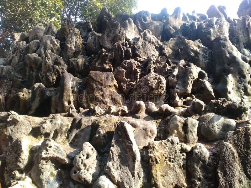 Βράχος με την ομορφιά στοκ φωτογραφία με δικαίωμα ελεύθερης χρήσης