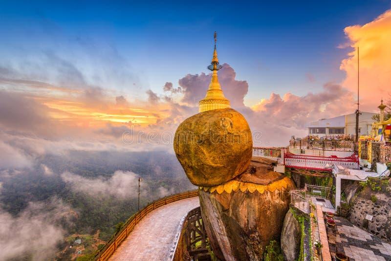 Βράχος το Μιανμάρ Goldeon στοκ φωτογραφία με δικαίωμα ελεύθερης χρήσης
