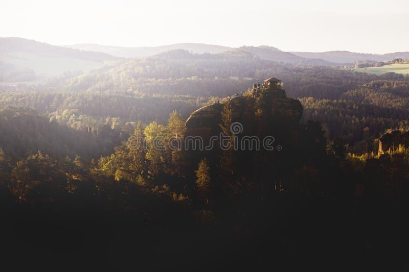 Βράχος Mariina στο Βοημίας εθνικό πάρκο Schwitzerland στη Δημοκρατία της Τσεχίας στοκ φωτογραφία με δικαίωμα ελεύθερης χρήσης