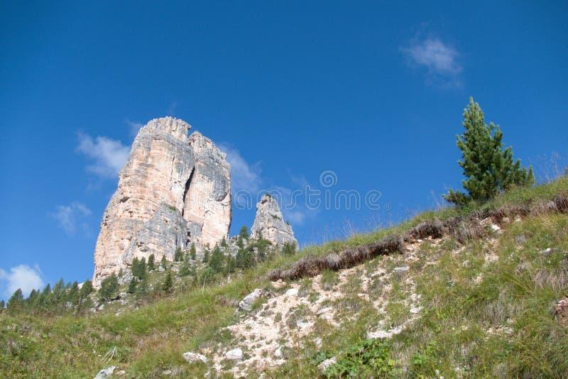 Βράχος torri Cinque στους δολομίτες στοκ φωτογραφίες