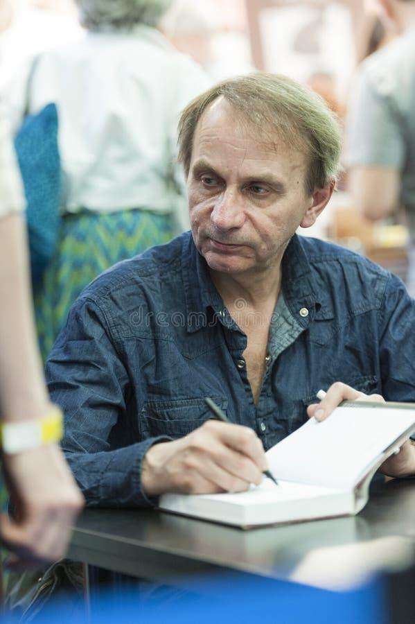 Βραβευμένη γαλλική αφιέρωση συντακτών του Michel Houellebecq στοκ φωτογραφία