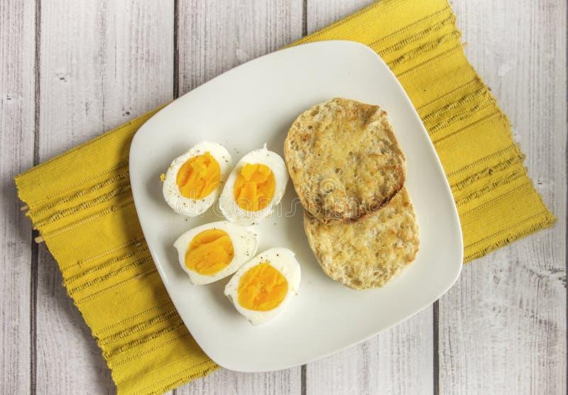 βρασμένα αυγά σκληρά στοκ φωτογραφία με δικαίωμα ελεύθερης χρήσης