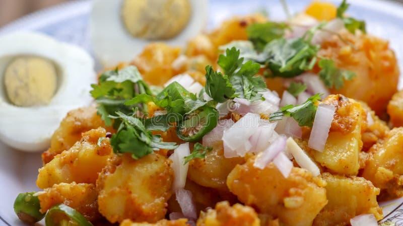 Βρασμένη πατάτα και βρασμένο αυγό στοκ φωτογραφία με δικαίωμα ελεύθερης χρήσης