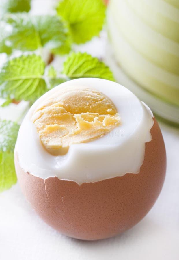 βρασμένο αυγό σκληρό στοκ φωτογραφία