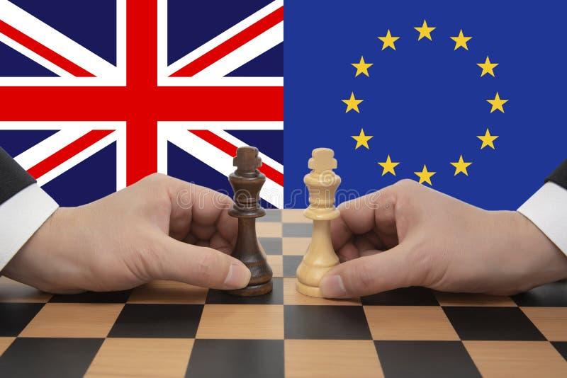 Βρετανικές και ευρωπαϊκές διαπραγματεύσεις στο πλαίσιο του Brexit Έννοια σκακιού στοκ φωτογραφίες