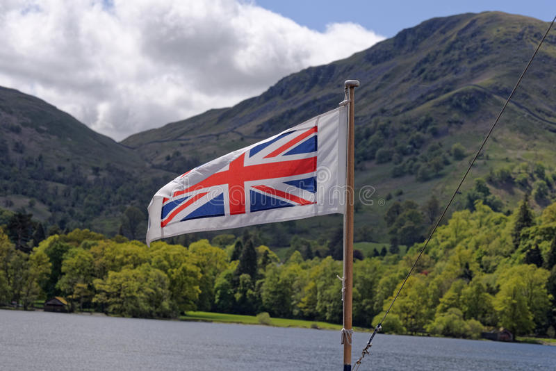 Βρετανική σημαία στην περιοχή λιμνών στοκ εικόνες