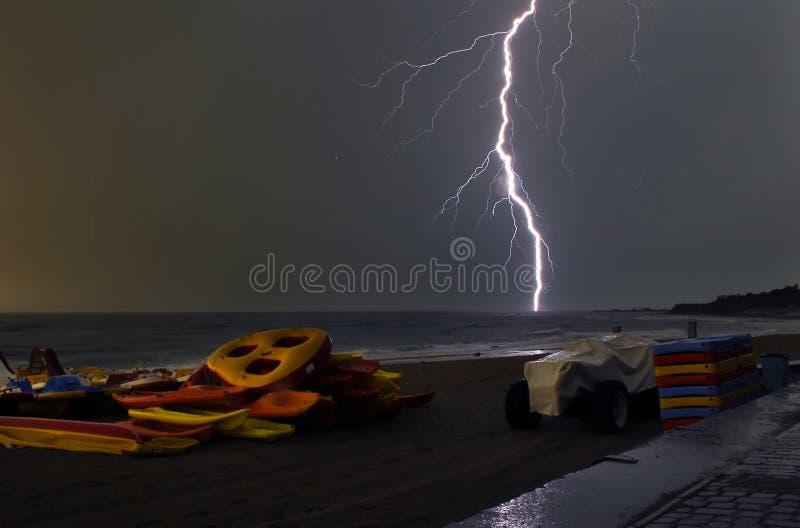βροντή θύελλας θάλασσα&sigma στοκ εικόνα