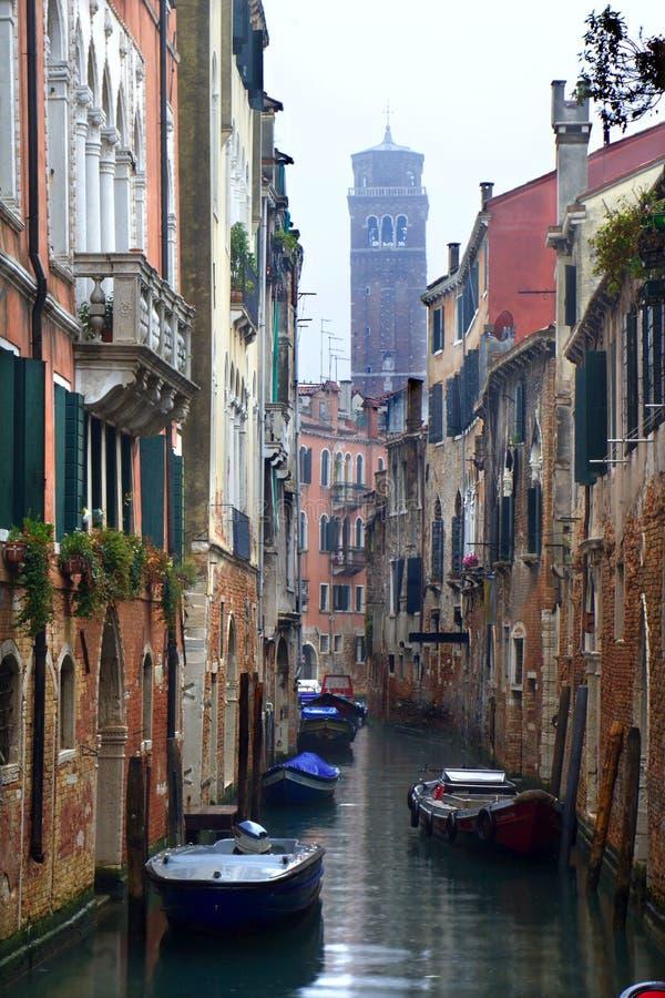 βροχή Βενετία καναλιών στοκ εικόνες με δικαίωμα ελεύθερης χρήσης