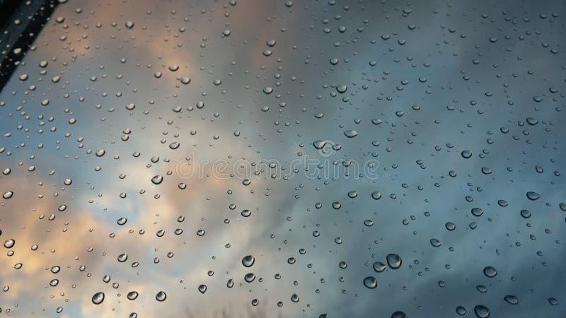 Βροχή βραδιού στοκ εικόνες με δικαίωμα ελεύθερης χρήσης