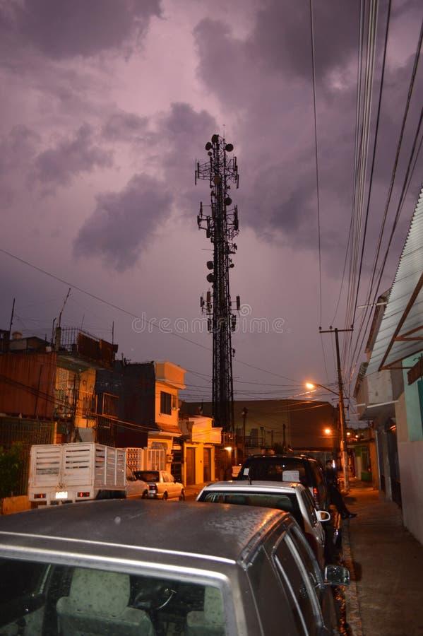 Βροχή στα μεσάνυχτα στοκ φωτογραφία με δικαίωμα ελεύθερης χρήσης