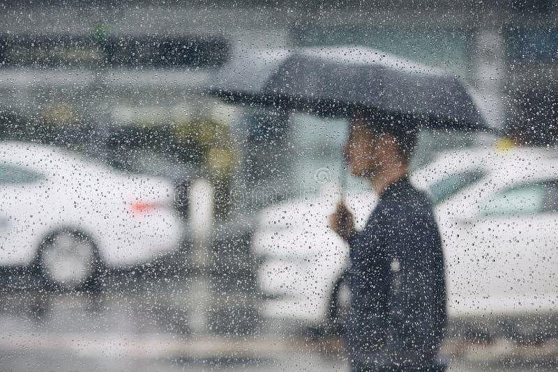 Βροχή στην πόλη στοκ φωτογραφίες