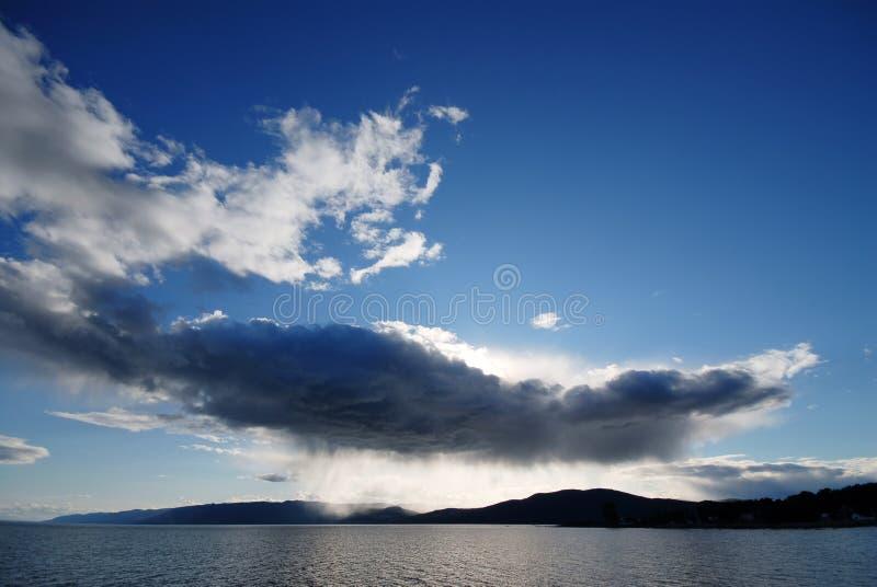 βροχή σύννεφων στοκ εικόνες