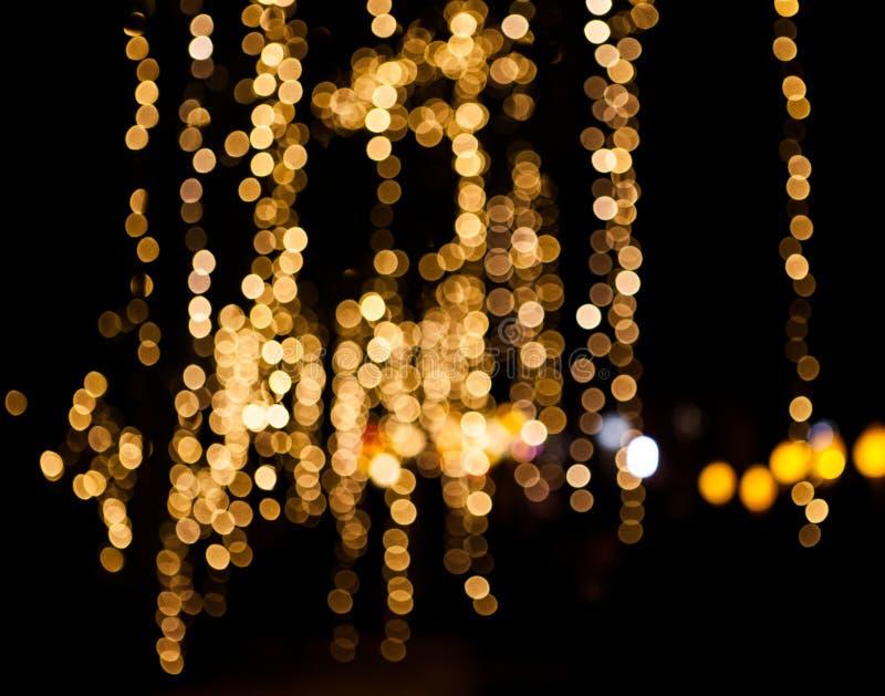 Βροχή των Χριστουγέννων φω'των στοκ φωτογραφία