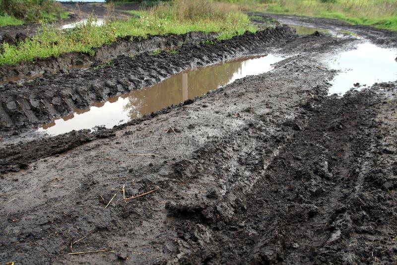 βρώμικος δρόμος λάσπης στοκ εικόνες με δικαίωμα ελεύθερης χρήσης
