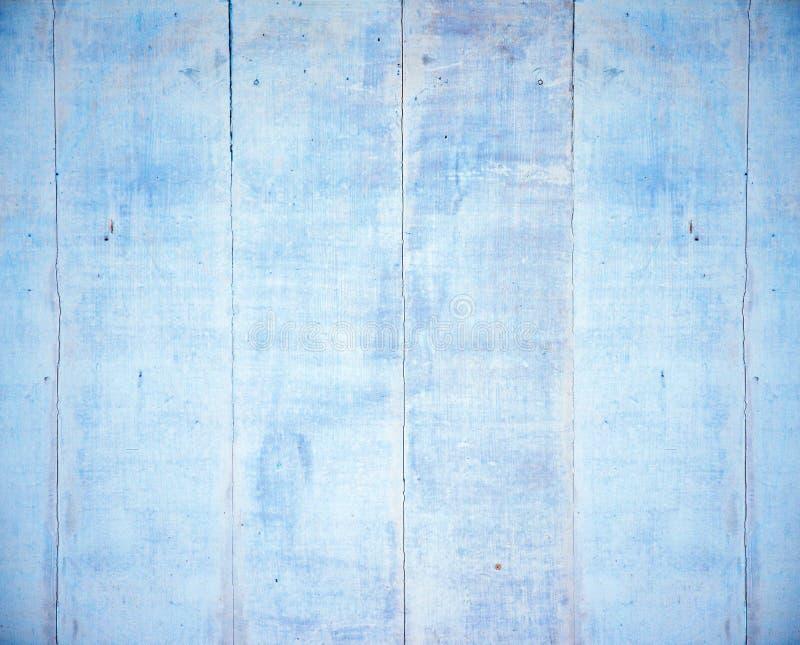 Βρώμικο ξύλινο κτήριο, παλαιές ragged σανίδες στοκ εικόνες με δικαίωμα ελεύθερης χρήσης
