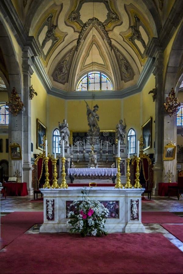 Βωμός μέσα στην εκκλησία του ST Euphemia στοκ εικόνες