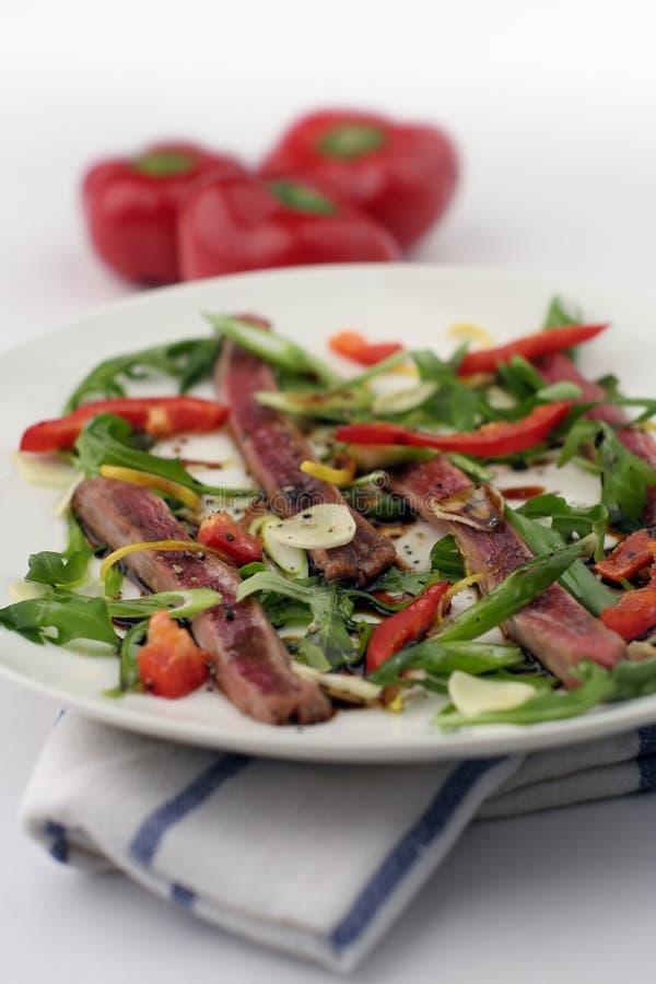 Βόειο κρέας Carpaccio  3 καψικό, ρηχό Dof, ψηλό Στοκ Εικόνες