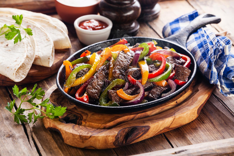 Βόειο κρέας Fajitas στοκ φωτογραφίες