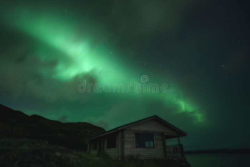 Βόρεια φώτα, Aurora Borealis στη χερσόνησο Κόλα στοκ φωτογραφίες
