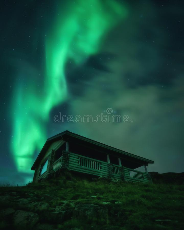 Βόρεια φώτα, Aurora Borealis στη χερσόνησο Κόλα στοκ φωτογραφία