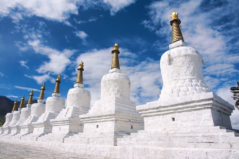 Βόρειο Θιβέτ οκτώ Stupa στοκ εικόνα