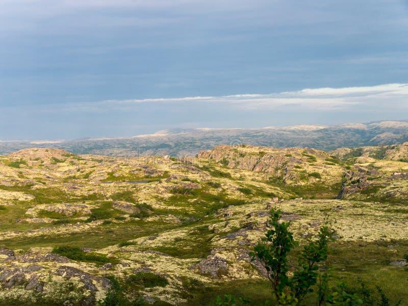 Βόρειο τοπίο βουνών στοκ φωτογραφίες με δικαίωμα ελεύθερης χρήσης
