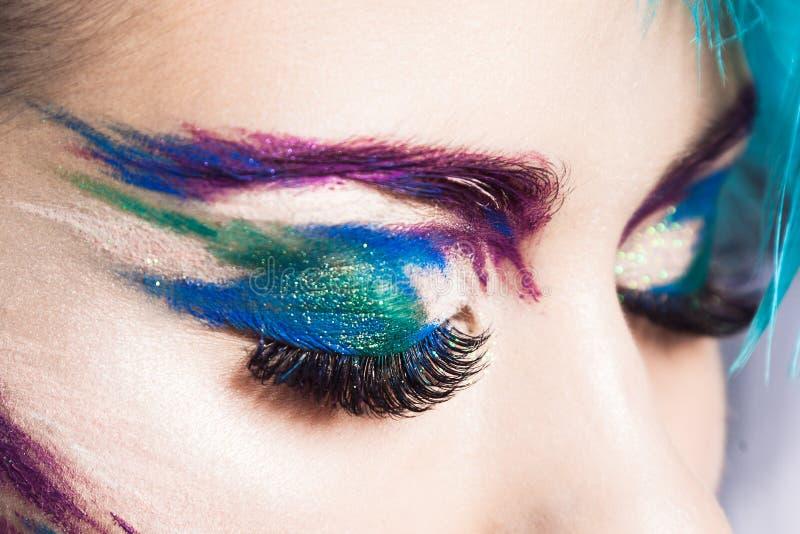 Βλαστός του δημιουργικού makeup λεπτομερειών Μάτι πουλιών στοκ εικόνες