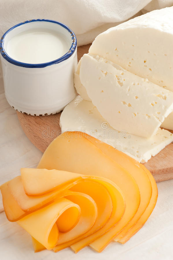 γάλα εξοχικών σπιτιών τυριώ στοκ φωτογραφία με δικαίωμα ελεύθερης χρήσης