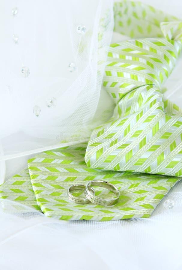 γάμος δεσμών δαχτυλιδιών νεόνυμφων στοκ φωτογραφίες με δικαίωμα ελεύθερης χρήσης
