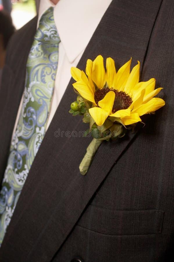 γάμος ηλίανθων μπουτονιερών στοκ φωτογραφία με δικαίωμα ελεύθερης χρήσης